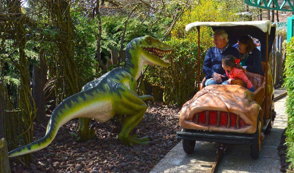 Dino's Tour